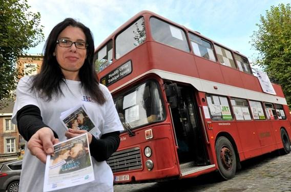 Un bus londonien pour aborder la mort